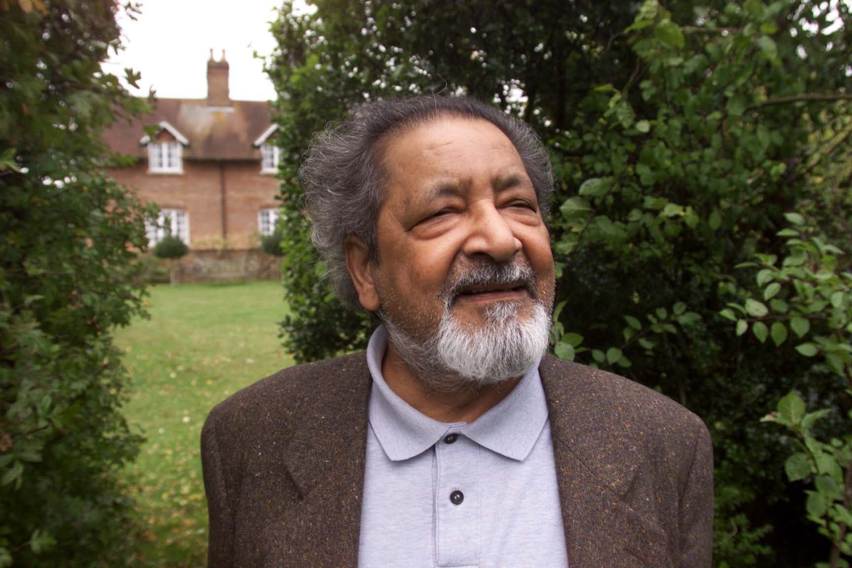 V.S. Naipaul Dies: Nobel Prize Winning Author was 85